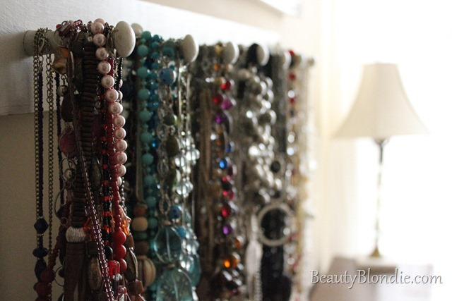 How to Organize Colorful Necklaces. Red, Teal, Blue, Silver, Grey, Glod, Black and White